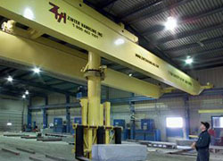 Powered Rotation Hydraulic Lift Stacker Crane